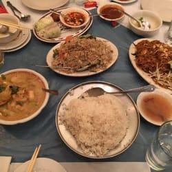 Ee Sane Thai Cuisine 77 Photos 263 Reviews 1806 N Farwell Ave Lower East Side Milwaukee Wi Restaurant Phone Number Menu Yelp