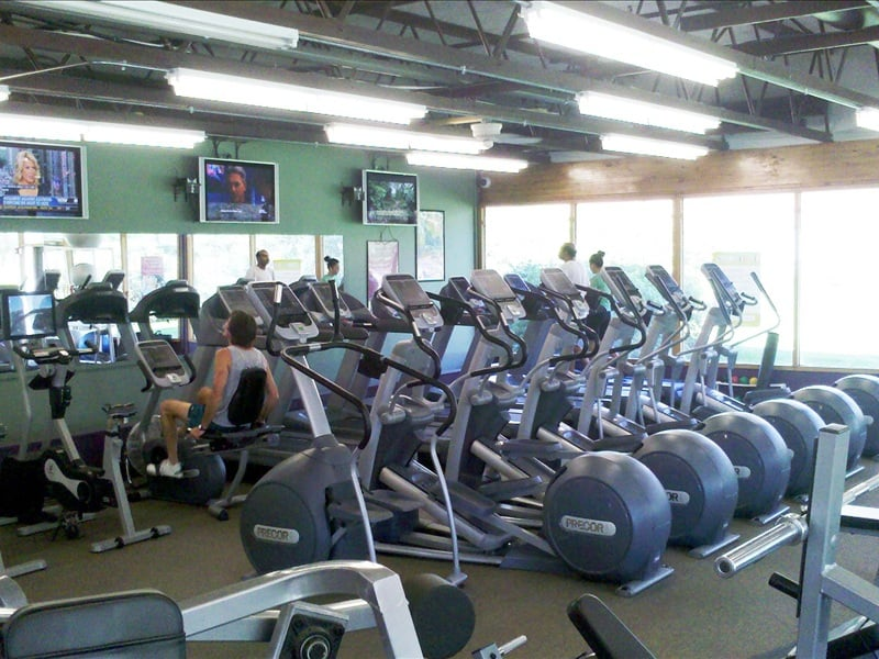 Anytime fitness 12 rese as gimnasios 501 nagog park for Gimnasio 501