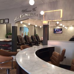 Photo Of La Vie Nails Spa