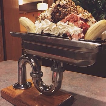 Colonial Cafe Kitchen Sink