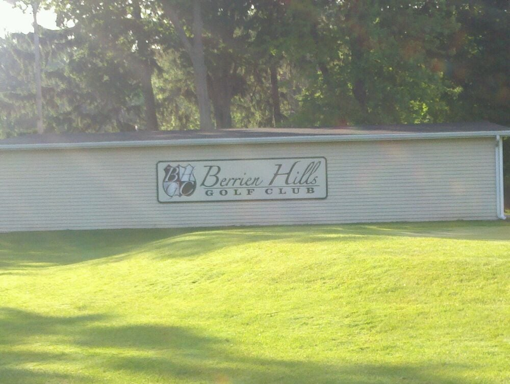 Berrien Hills Golf Club: W Napier, Benton Harbor, MI