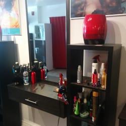 Coiffure dorado 12 photos hair salons 4559a boulevard saint laurent plateau mont royal - Salon coiffure rue st laurent ...