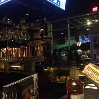 Tender Dating Reviews >> Bar Louie - 114 Photos - Burgers - Tempe, AZ, United States - Reviews - Yelp