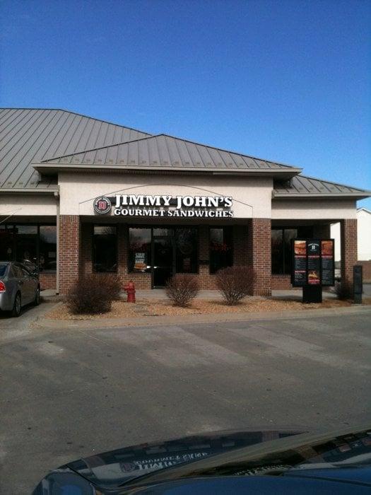 Jimmy John's: 810 E N Ave, Belton, MO
