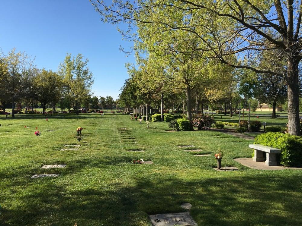Cherokee Memorial Park - 14165 N Beckman Rd, Lodi, CA - 2019