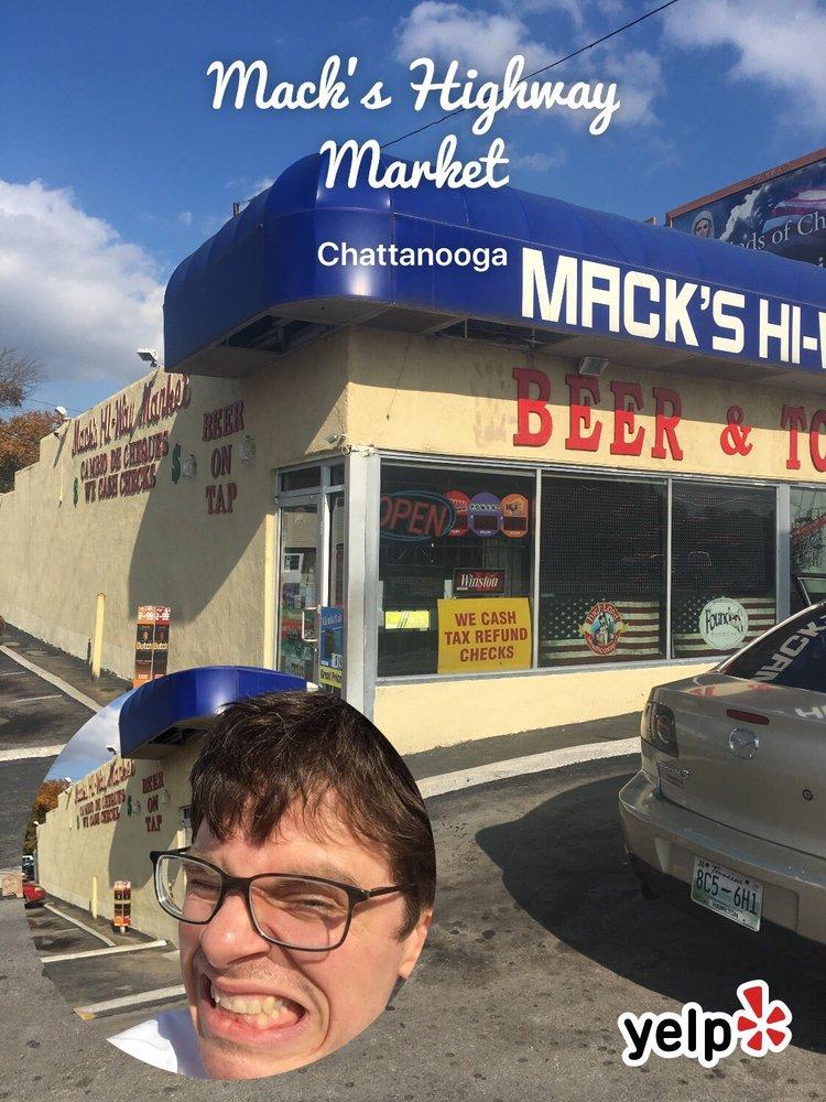 Mack's Highway Market