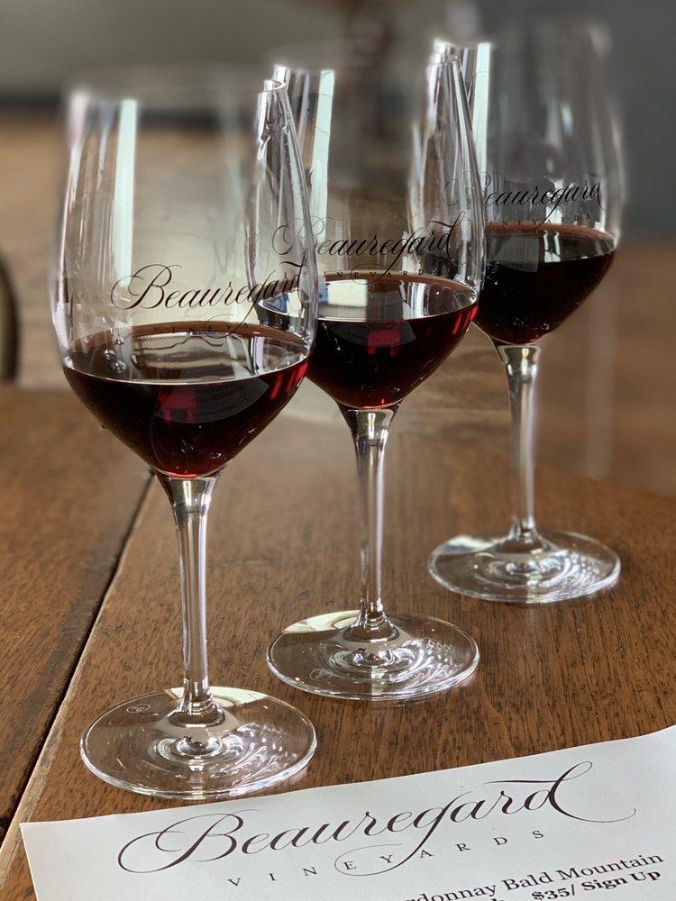 Beauregard Vineyards: 10 Pine Flat Rd, Bonny Doon, CA