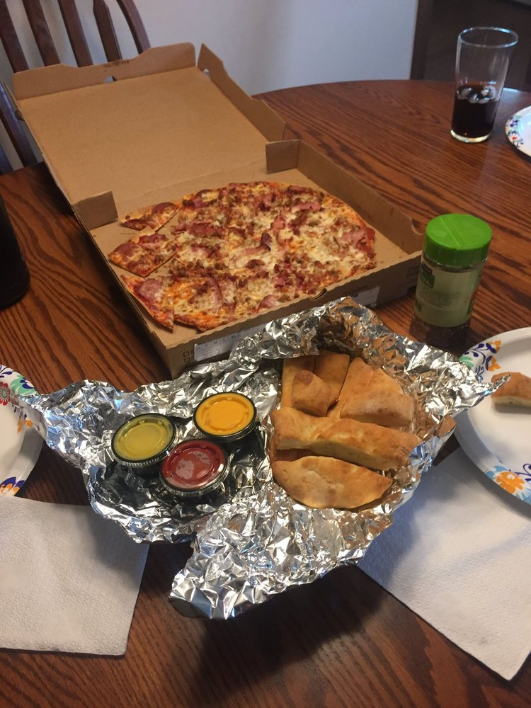 Food from Jimmy Pop's Pizza Shop