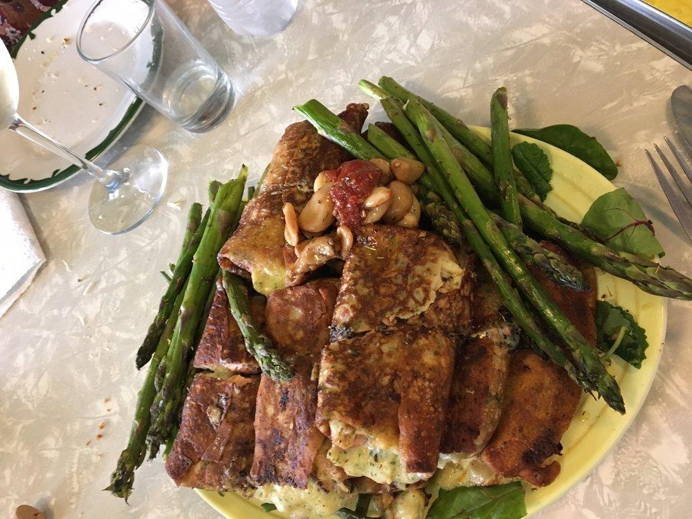 Harry & Buds European Cuisine: 1440 S 25th St, Terre Haute, IN