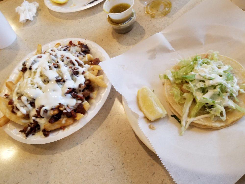 Taqueria Super Taco: 102 W Naranjo Blvd, Woodlake, CA