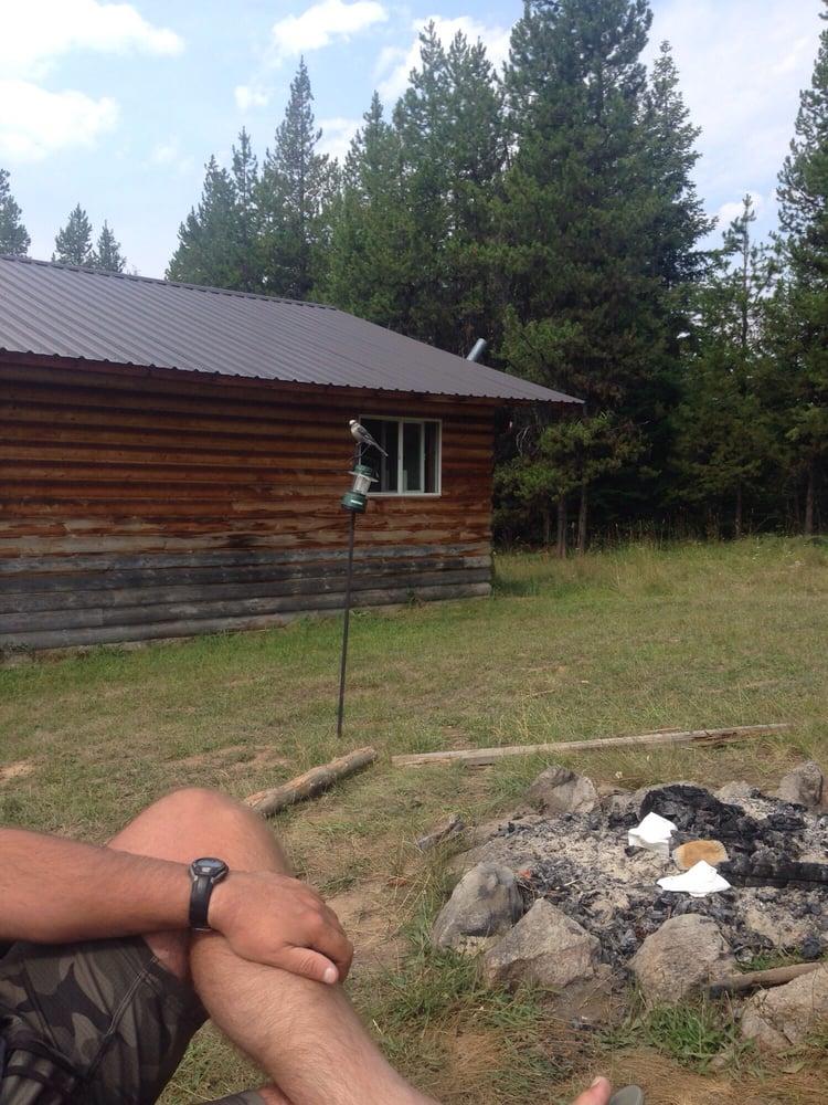 Prospector Lodge & Cabins: Elk City, ID