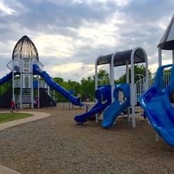Waterford park 11 photos playgrounds 1225 hueco dr - Garden park medical center gulfport ms ...