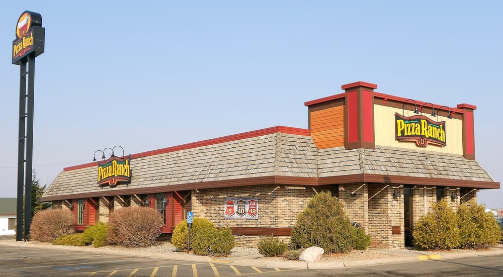 Pizza Ranch: 604 Frontier Dr, Fergus Falls, MN