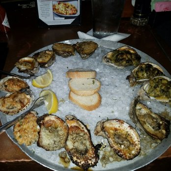 Photo Of Half Shell Oyster House   Mobile, AL, United States. Oysters  Sampler