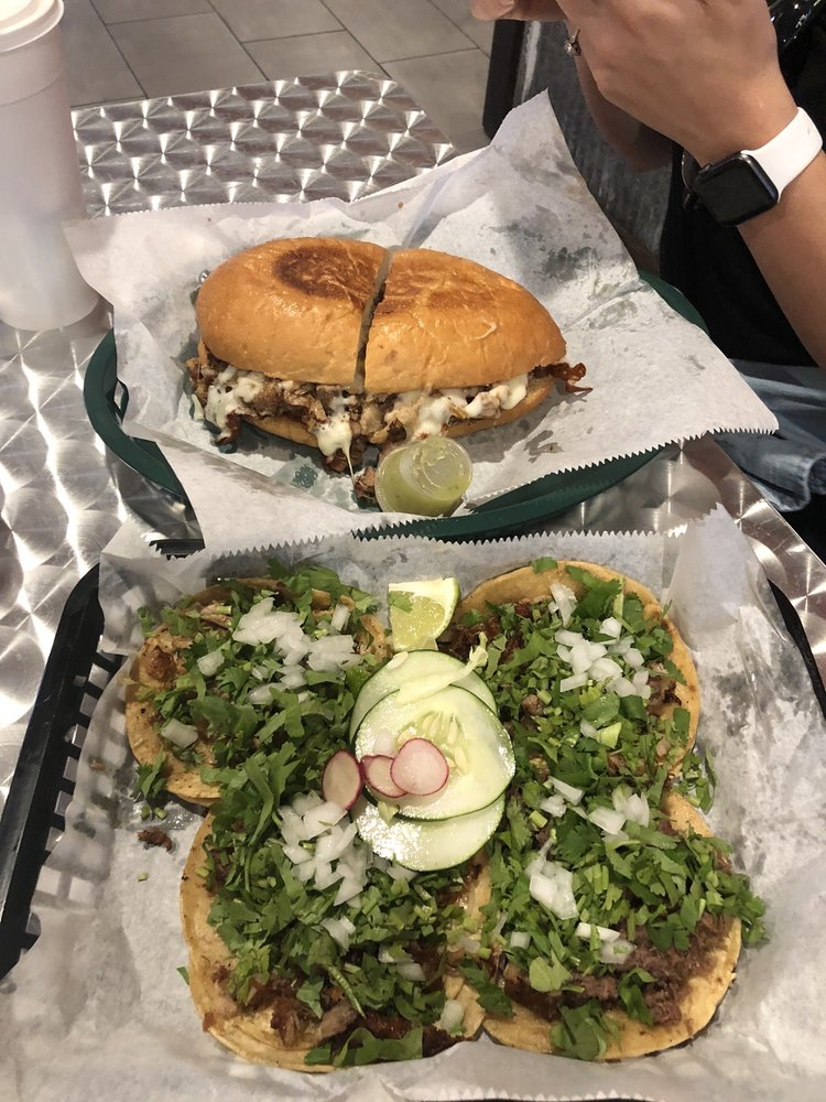 Food from Tacos No 1