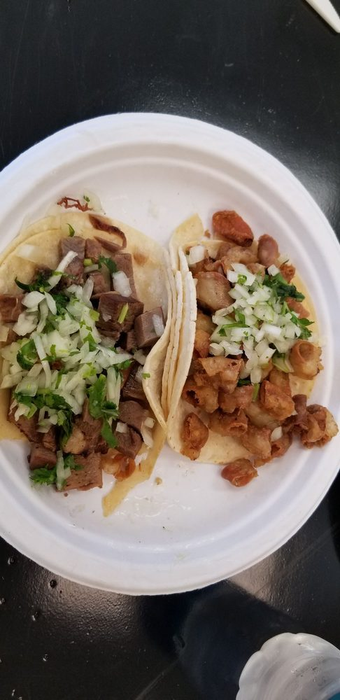 Gilibertos Mexican Taco Shop: 2331 108th Ln NE, Blaine, MN