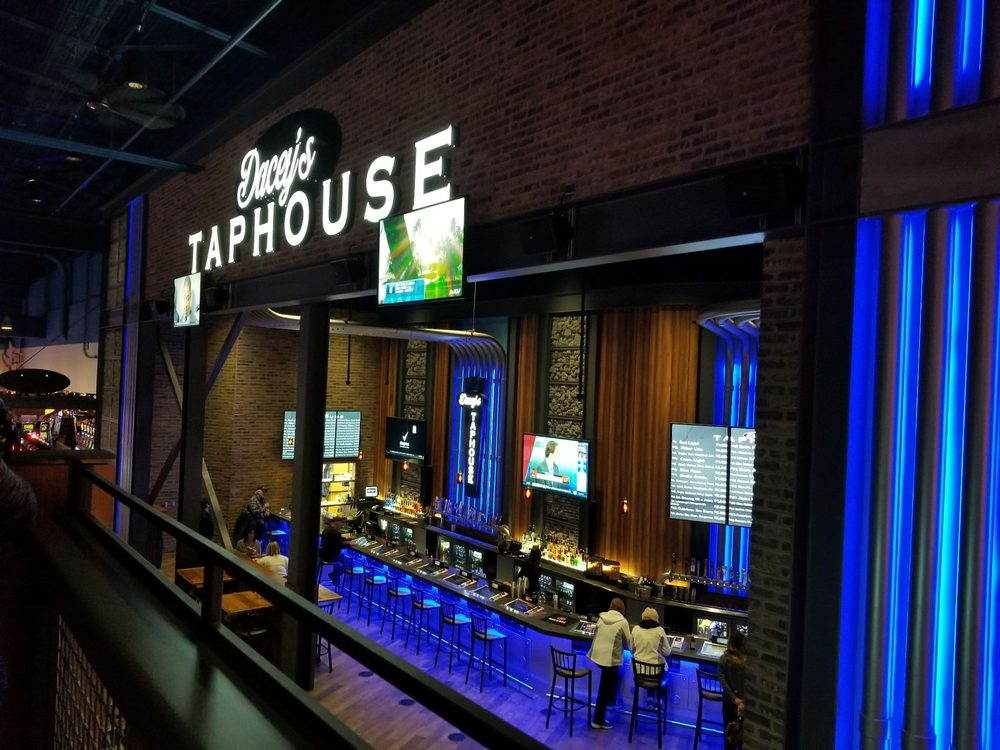 Dacey's Taphouse: 11177 Michigan Ave, Battle Creek, MI