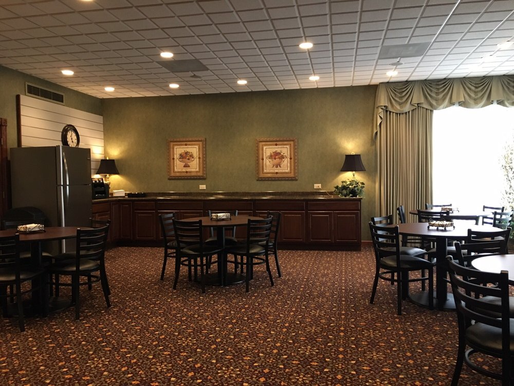 Adolf Funeral Home & Cremation Services: 2921 S Harlem Ave, Berwyn, IL