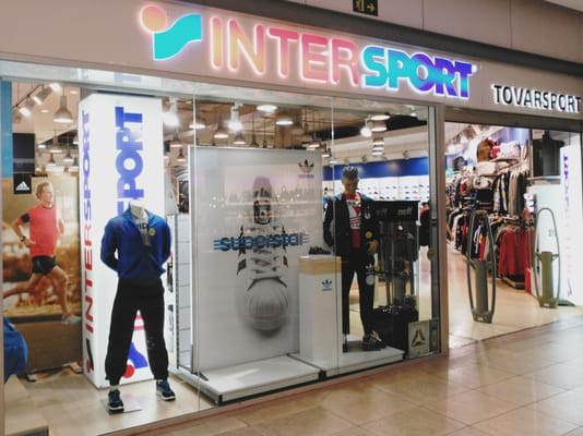 Intersport - Sports Wear - C. C. Habaneras d1702557c4163