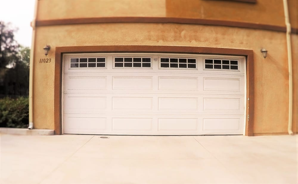 Garage door 16x7 w windows yelp for 16x7 garage door with windows
