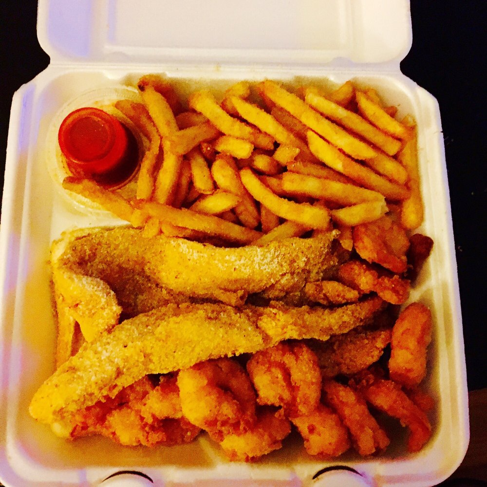 Hook fish and chicken 15 photos seafood 5711 xerxes for Hooks fish and chicken near me