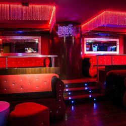Barcelona strip club 56 photos strip clubs carrer avinguda mistral 79 l 39 eixample - Strip club barcelona ...