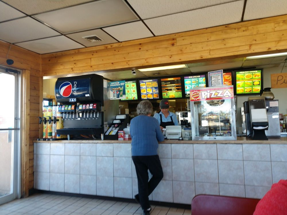 Chama Grill: State Hwy 17, Chama, NM