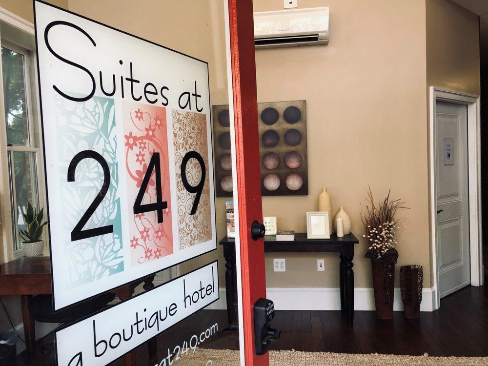 Suites at 249: 249 E Davis St, Culpeper, VA