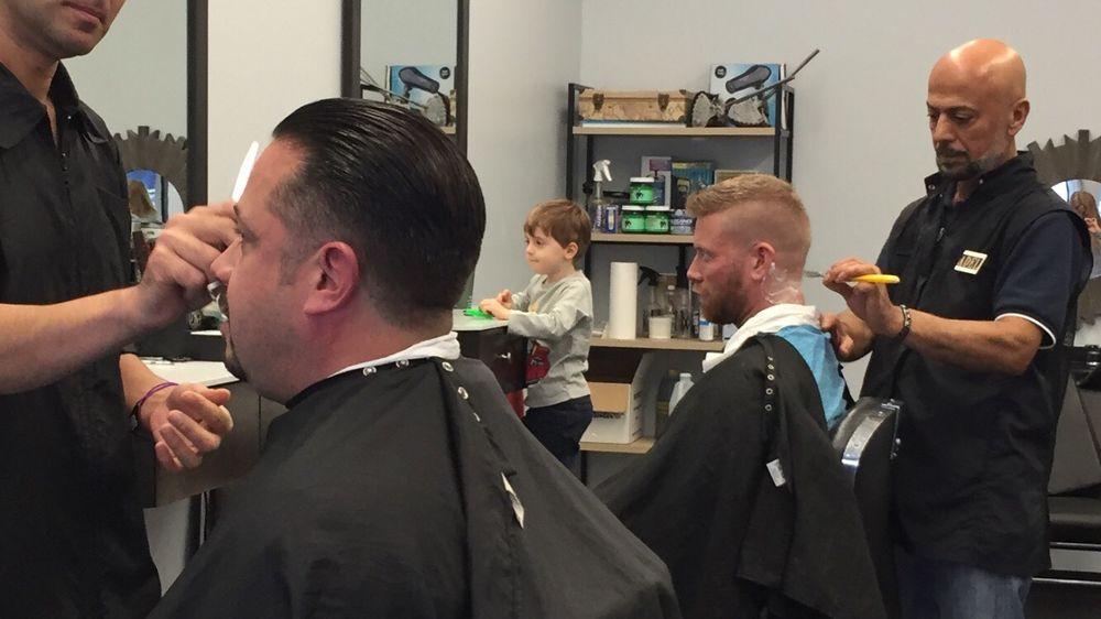 Sals Barber Shop 59 Photos 39 Reviews Barbers 320 Walnut St