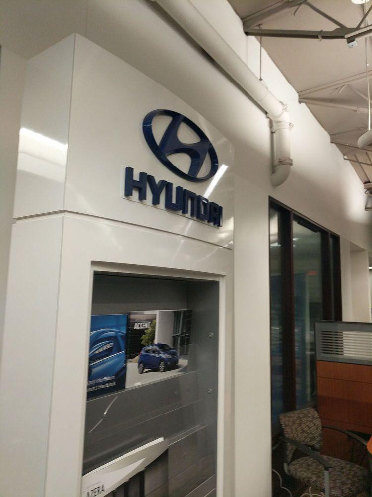 Hyundai Dealership Near Me >> Grossinger Hyundai - (New) 17 Photos & 284 Reviews - Car ...