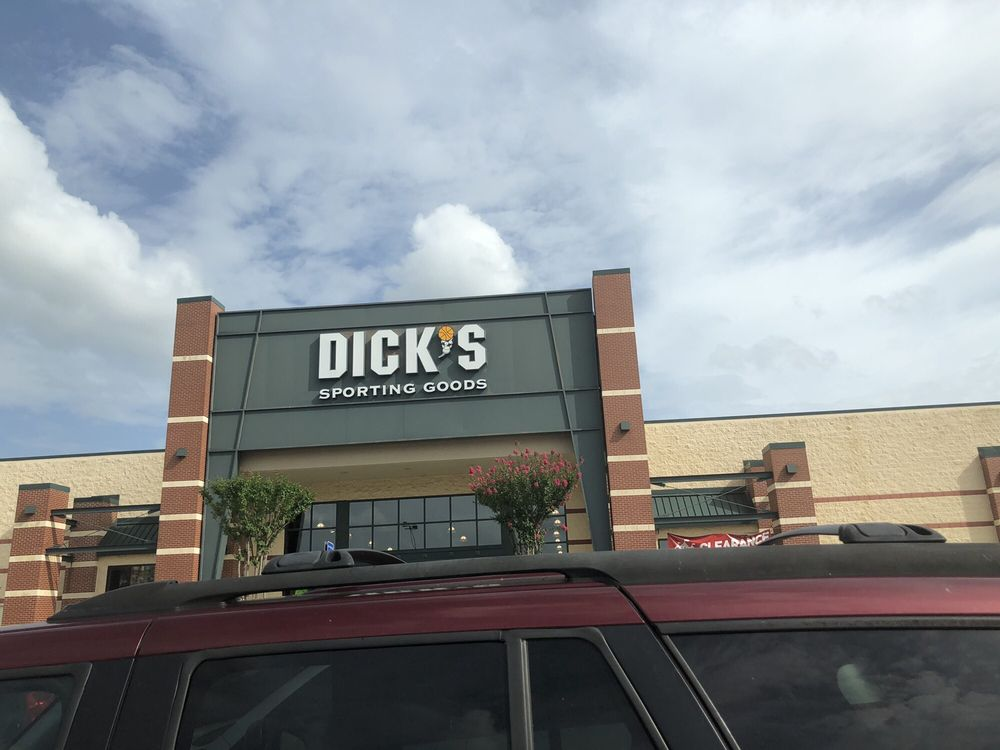 DICK'S Sporting Goods: 5080 Riverside Dr, Macon, GA