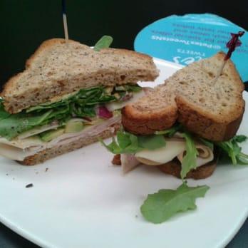 gluten-free sandwich with turkey, avocado, red onion, spinach ...