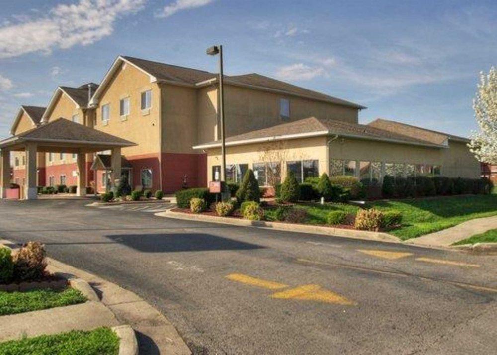 Comfort Suites: 864 Ben-Ali Drive, Danville, KY