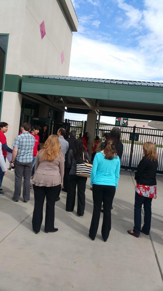 Lindsay High School: 1849 E Tulare Rd, Lindsay, CA