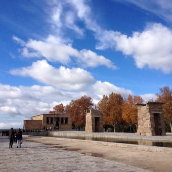 photo of templo de debod madrid spain