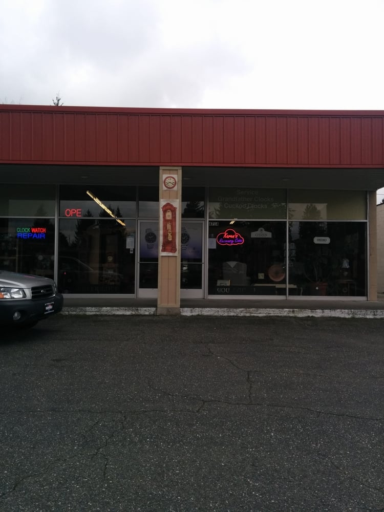 Country clock shop watches 4714 evergreen way everett for Evergreen shop
