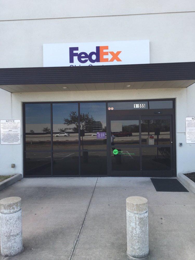Fedex Ship Center 10 Photos 20 Reviews Shipping Centers
