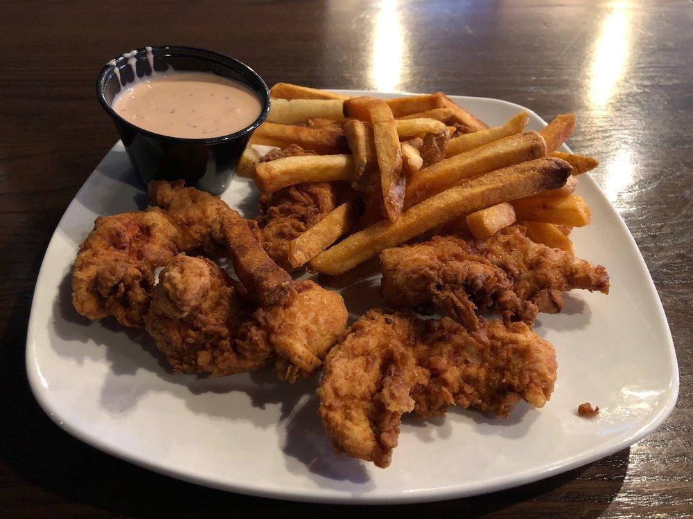 Locos Grill & Pub: 547 N Westover Blvd, Albany, GA