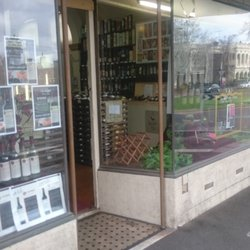 Photo of East Melbourne Cellars - East Melbourne Victoria Australia & East Melbourne Cellars - Bottle Shop - 71 Powlett St East Melbourne ...