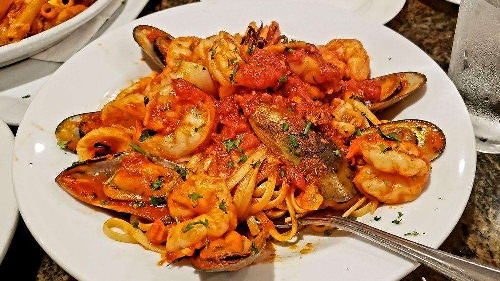Colosseo Family Restaurant & Pizzeria: 28 Raceway Rd, Monticello, NY