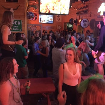 fort worth bar trophy ranch 26 photos 17 reviews sports bars 2800 bledsoe