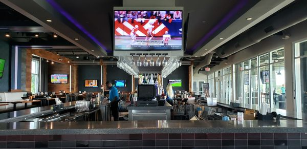 Topgolf - 652 Photos & 540 Reviews - Bars - 17321 NW 7th Ave