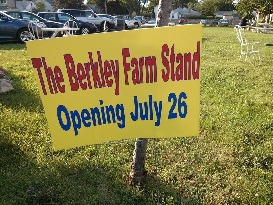 Berkley Farm Stand: 3300 12 Mile Rd, Berkley, MI