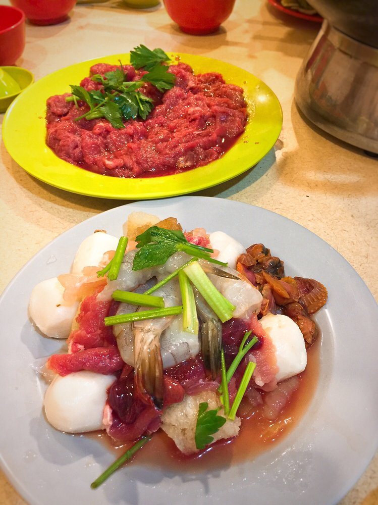 Thien kee steamboat restaurant 23 photos chinese for Arab cuisine singapore