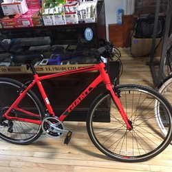 L B Lightning Cyclery Bikes 15 E Genessee St Auburn Ny