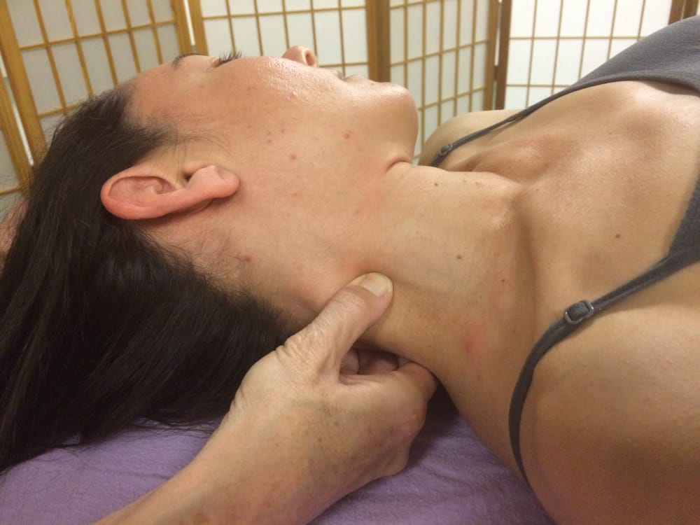 Asian massage rooms-3946