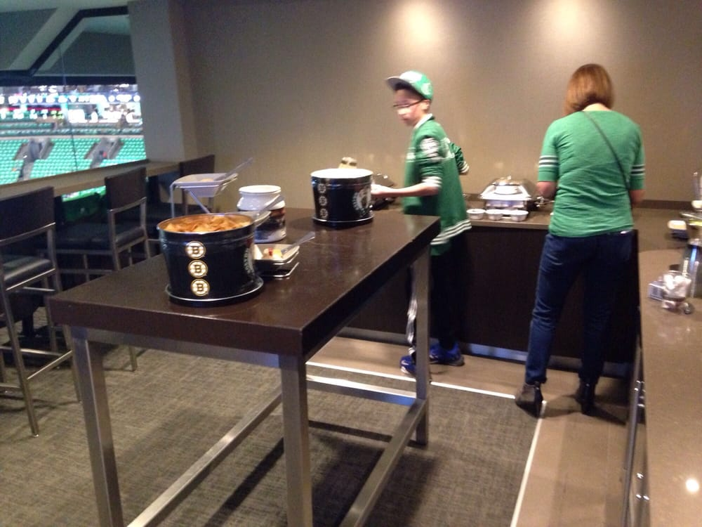Sky box suite at tdgarden for a celtics game yelp for Restaurants near td garden boston ma
