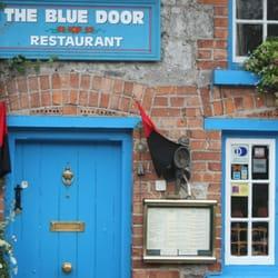 Foton Från The Blue Door Restaurant   Adare, Co.