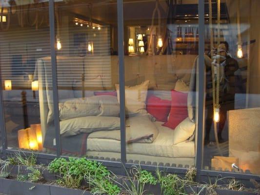 Caravane interior design 19 22 rue st nicolas for Caravane chambre 19 paris
