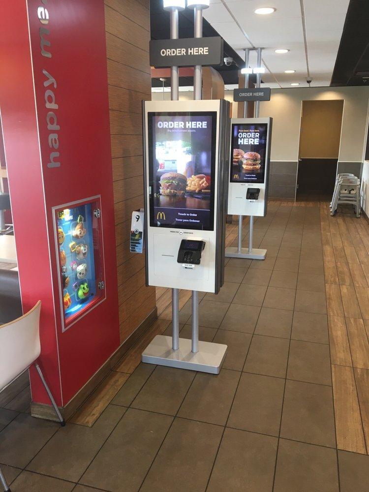 McDonald's: 17700 National Hwy, Frostburg, MD
